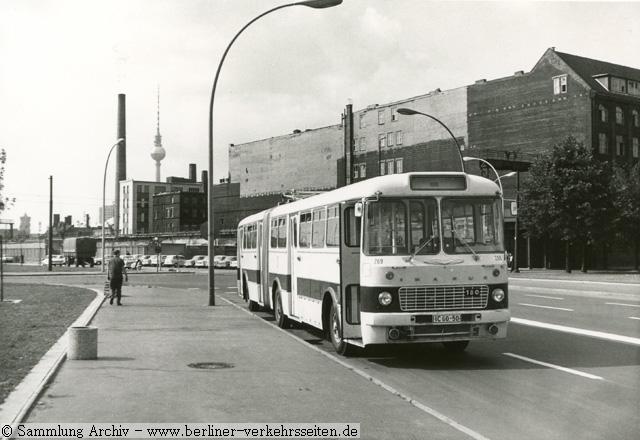 der omnibus linienverkehr in ostberlin fotoseite bei den berliner verkehrsseiten. Black Bedroom Furniture Sets. Home Design Ideas